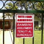 Avviso: cani ammessi, bambini al guinzaglio. #LoL